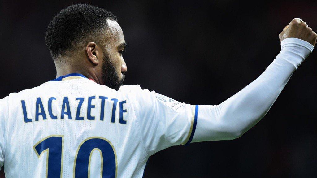 Si Aubameyang quitte Dortmund cet été, Lacazette pourrait le remplacer...