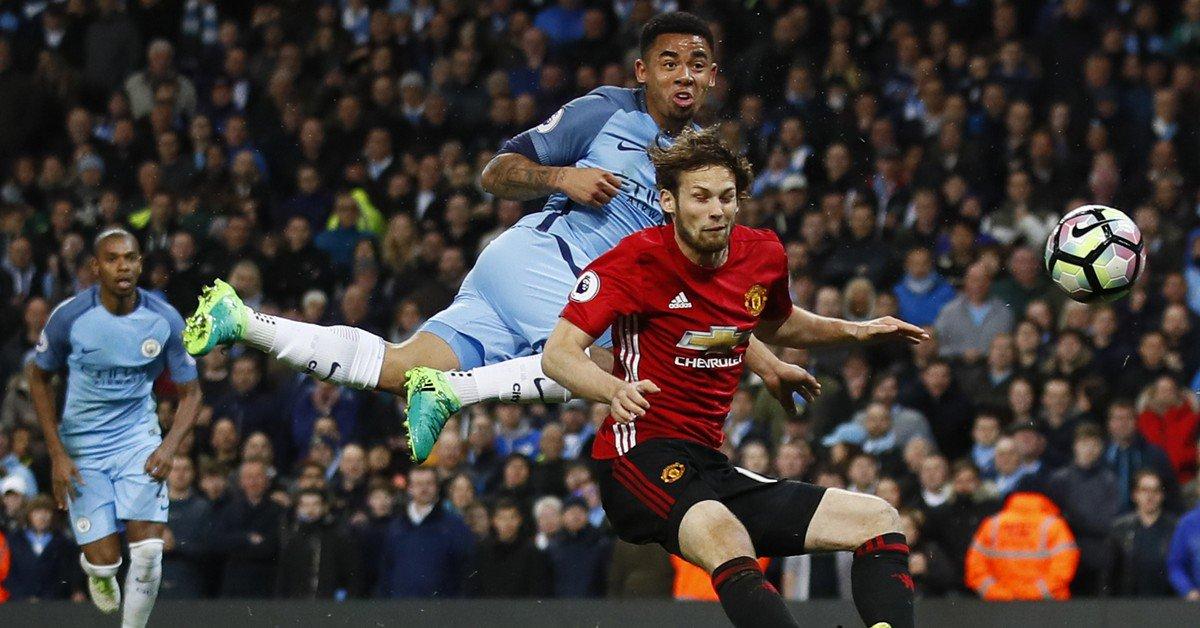 Gabriel Jesus entra no fim, tem gol anulado, e clássico de Manchester...