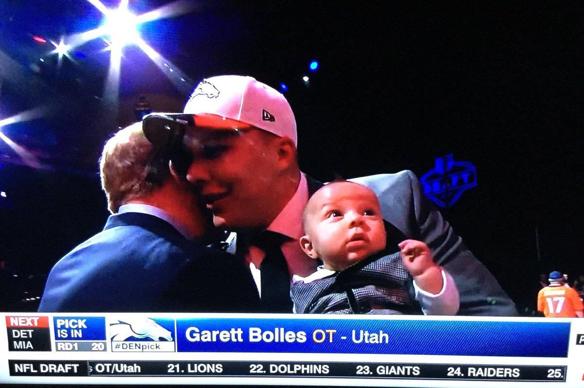 Garett Bolles wins #BringYourKidToWorkDay   #NFLDraft2017 https://t.co...