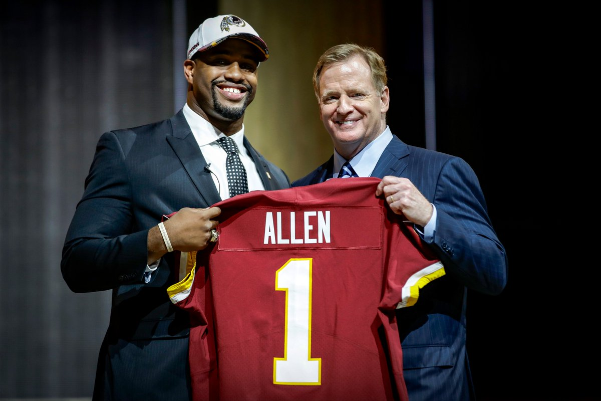 Welcome home, @jonallen93! #HTTR #SkinsDraft  📚: https://t.co/brlpk89P...