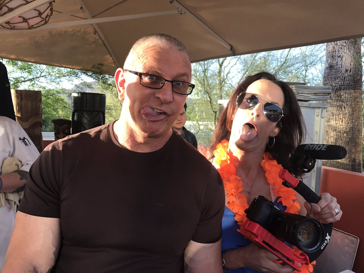 Up to no good I tell you @RobertIrvine and @producergirl https://t.co/8OP1SAmwdu