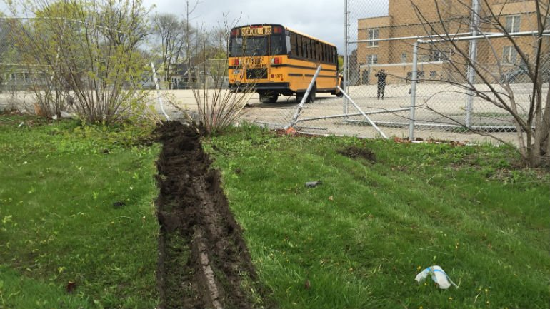 MFD: School bus carrying children smashes through fence near 36th and Rohr https://t.co/zajlU3lt6p