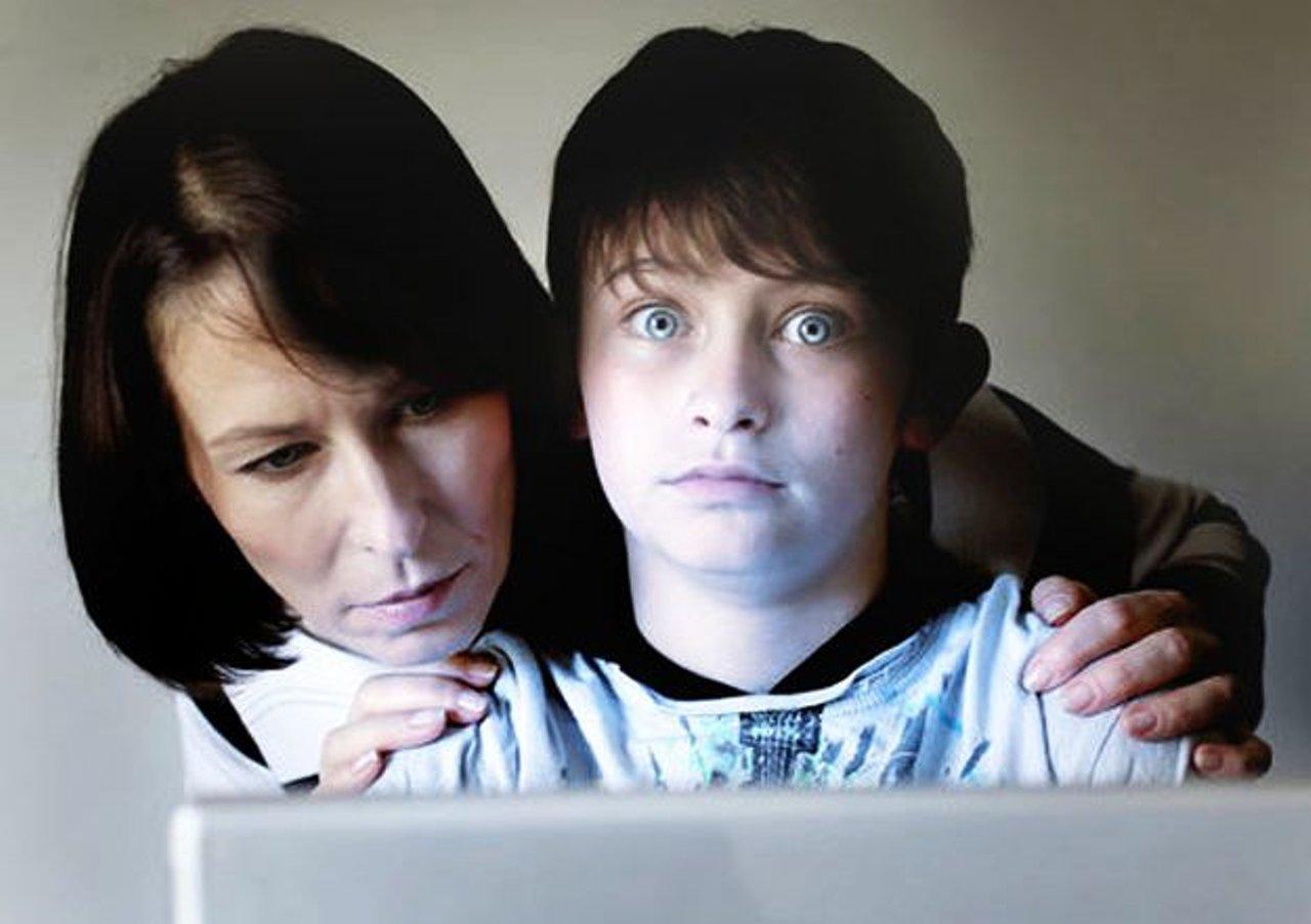 Сын в попу, Мама дает сыну только в попу 22 фотография