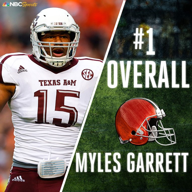 With the first pick of the #NFLDraft, the @Browns select @MylesLGarret...