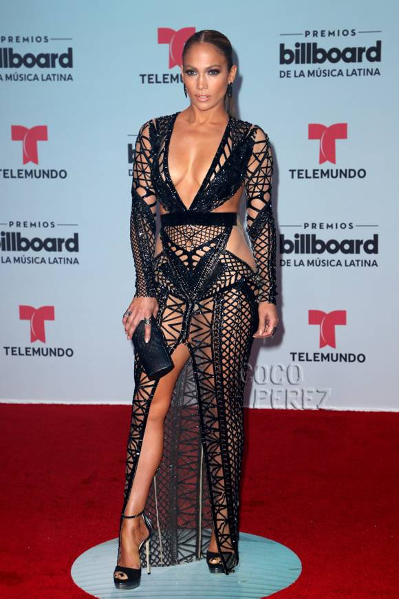 .@JLo SLAYS at the #Billboards2017! https://t.co/42n0zsLvPO https://t.co/dI6aB4G1VQ