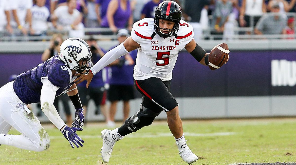 With the 10th pick, the CHIEFS select QB Patrick Mahomes, reports @Alb...