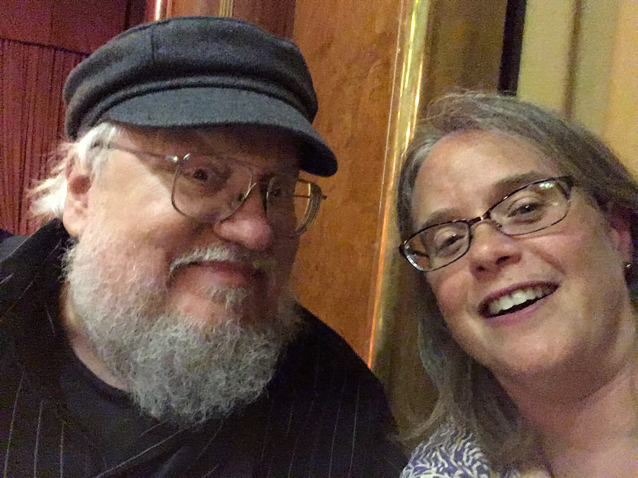 #StokerCon2017 selfies with @GRRMspeaking !!!! Cc @arrtreads @rosol @mortannarose https://t.co/7PwB2ZSq9y