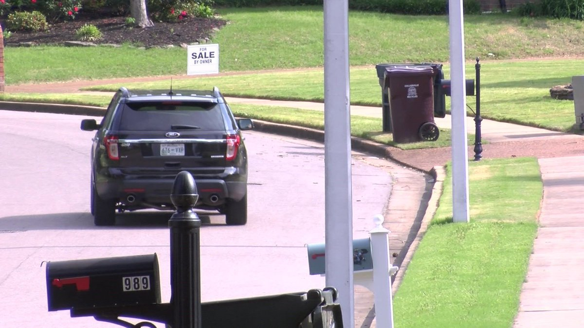 Collierville neighborhood holds silent protest of registered sex offender moving into the area #wmc5>>https://t.co/CTANnaCdOD