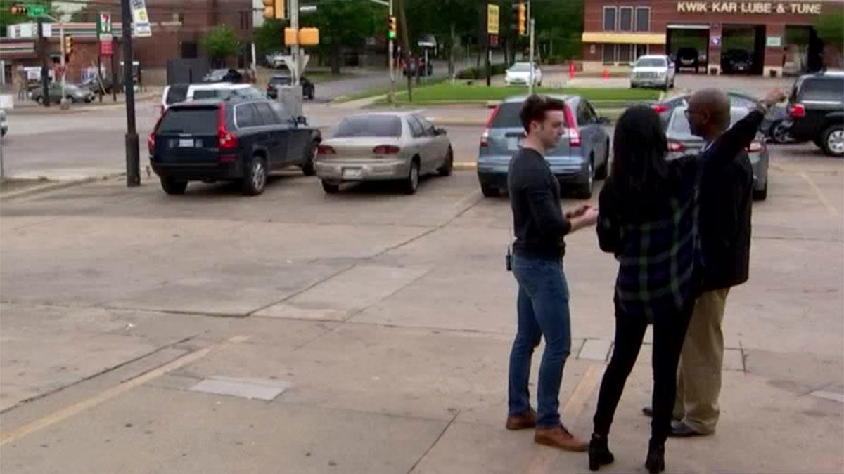 SMU students aim to save lives at busy intersection: https://t.co/wdZuo2rsSb