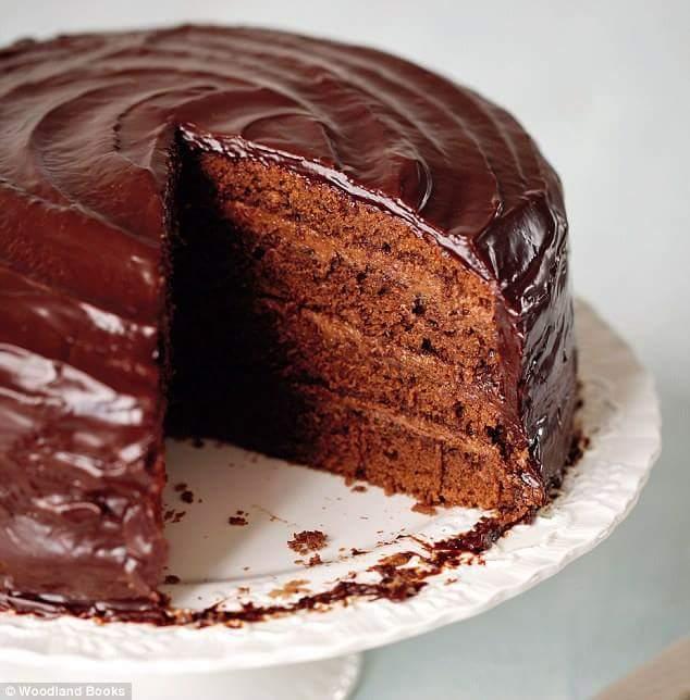 Tokens/desi cake eat lick jeremy jordan