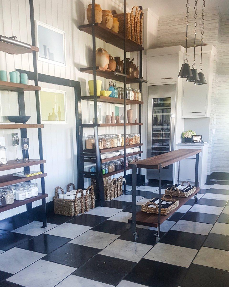 Haussmann Stone On Twitter Beautiful Kitchen Designed By Jon De La Cruz For Housebeautiful S Kitchen Of The Year