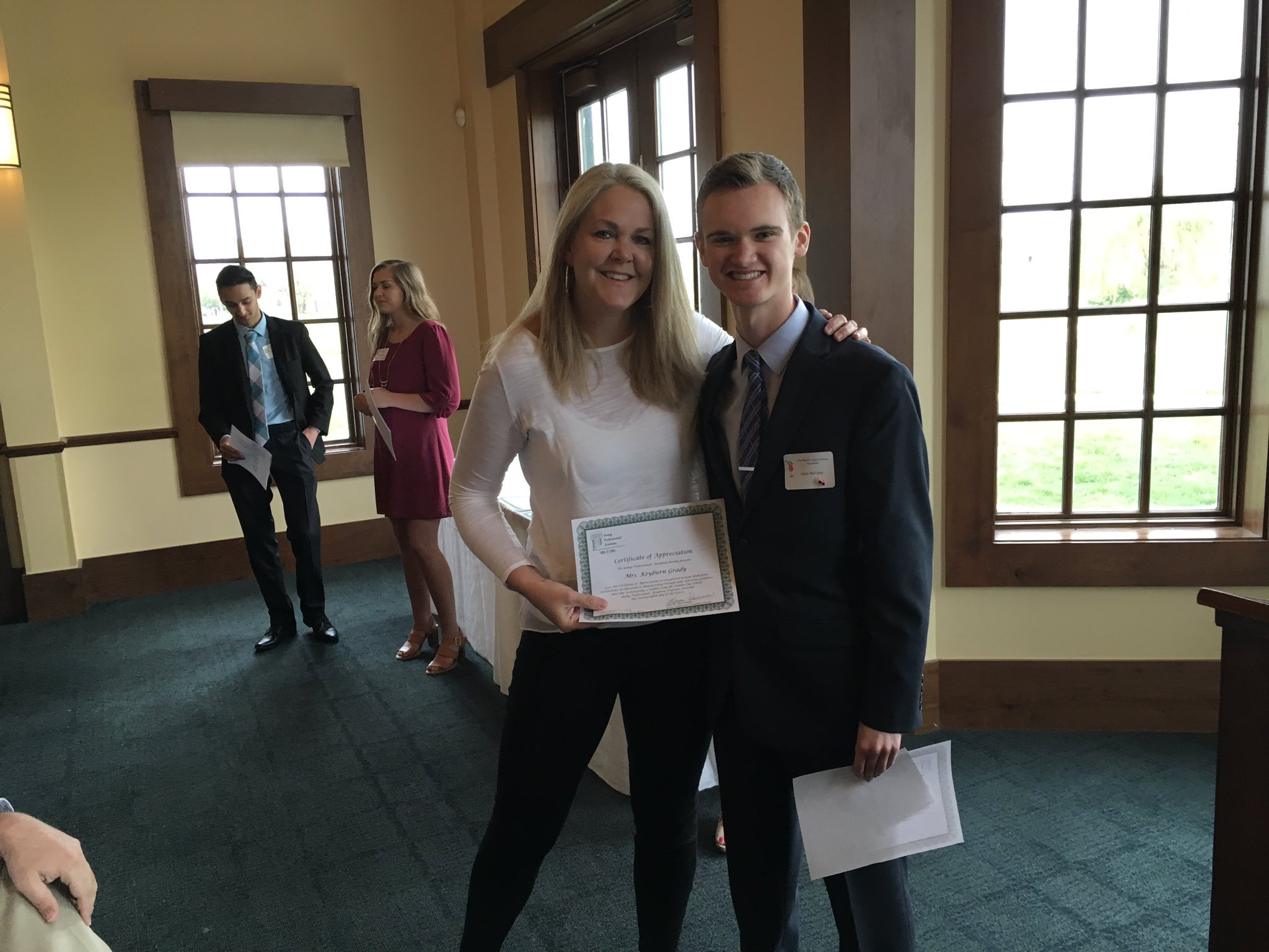 .@dublinalumni Director Keyburn Grady honored by @ypadublin for being an internship mentor this semester. #theDublinDifference https://t.co/BBC7YZ5Bjq