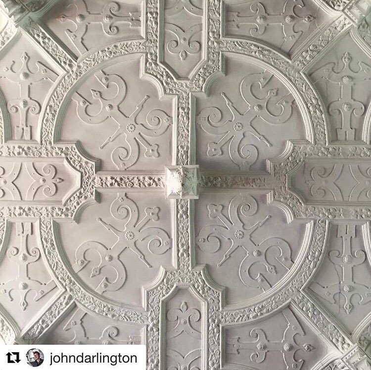 Beautiful picture of the Grand Salon ceiling 😍 have you seen it in real life yet?