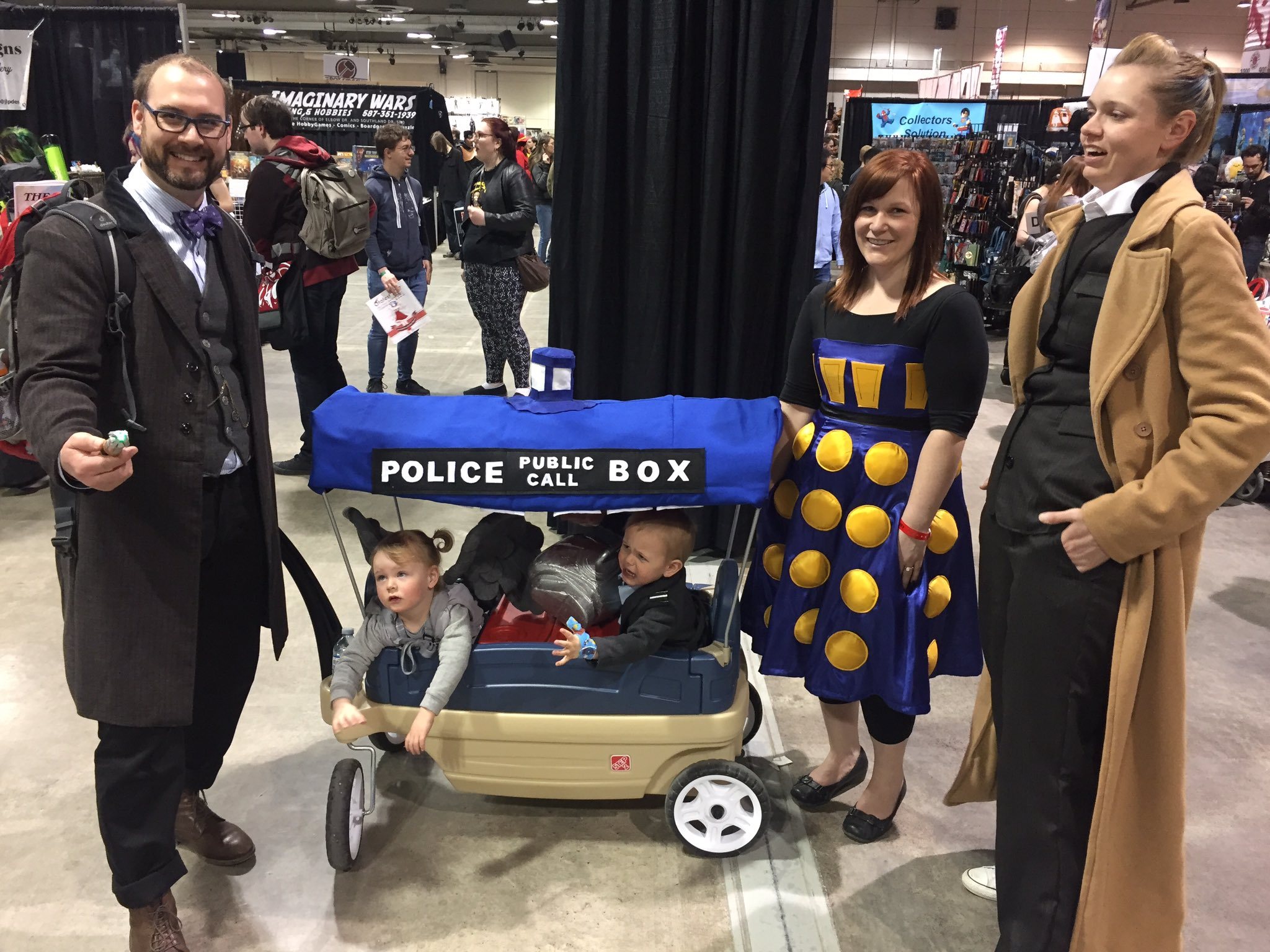 #DoctorWho: fun for the whole family. #CalgaryExpo https://t.co/S4hEYTKbxV