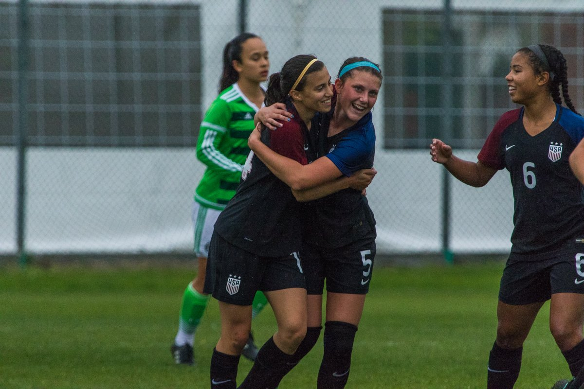 The U-17 #USWNT wins Group B at the Torneo Delle Nazioni, defeating ENG 2-0. Goals by Linnehan &amp; Canniff. USA will play host ITA for title. <br>http://pic.twitter.com/1F4kZlN4QV
