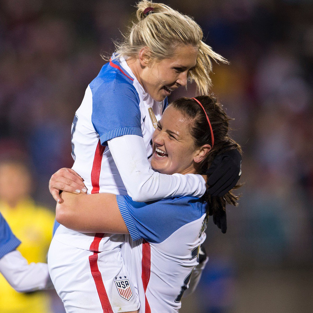 This one&#39;s gunna be good. Eight #USWNT players headline #PORvCHI this Saturday on @lifetimetv!  Full  schedule:  http:// ussoc.cr/2oTnQyC  &nbsp;  <br>http://pic.twitter.com/2sp2dU6iPG