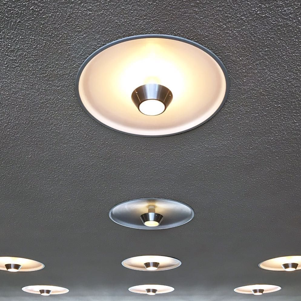 Light fixtures in the lobby of Naka Hall, formerly Engineering Building West, built 1958. #midmodmizzou #mizzou #nakahall #engineeringbuild…<br>http://pic.twitter.com/oca7aLPuHF