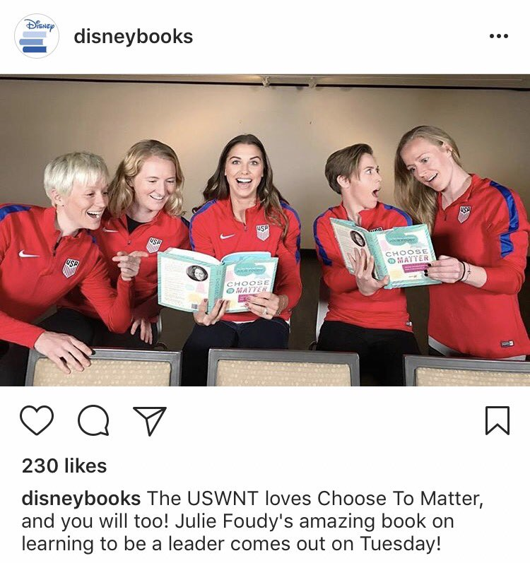 Alex, Pinoe, Sam, Kling and Broon promoting Julie Foudy&#39;s new book. #uswnt #alexmorgan<br>http://pic.twitter.com/KDS7bW9m4B