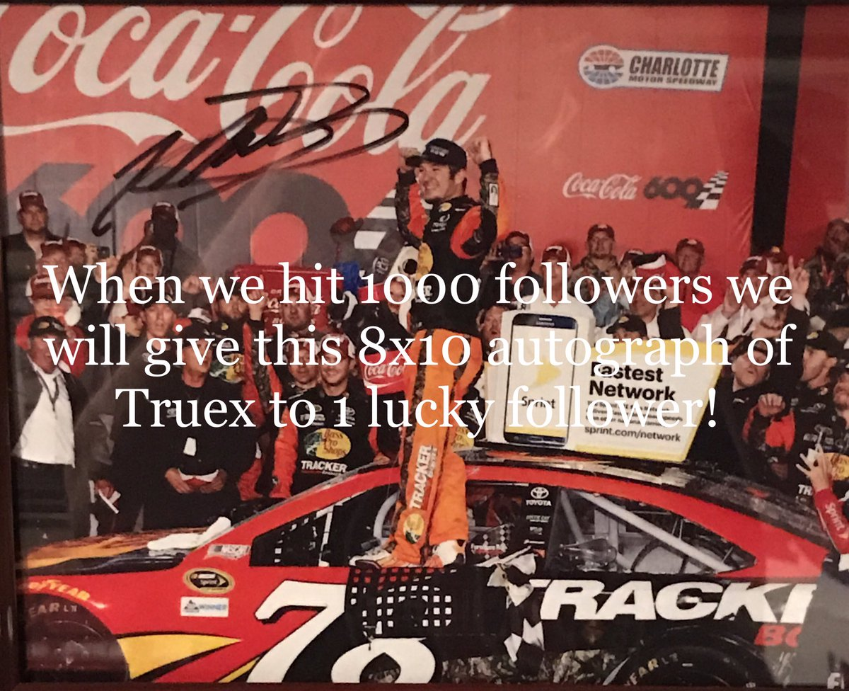 Follow &amp; retweet @lappedtrafficpc PINNED post! Have a chance to win #nascar #driver autographs! Everyone that does we will follow back!<br>http://pic.twitter.com/yL4ko5n24x