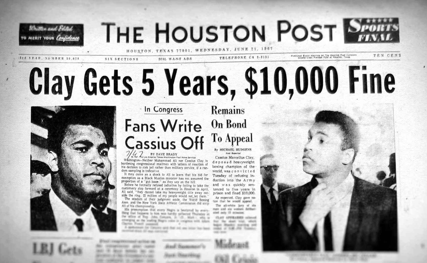 50 yrs ago today Muhammad Ali refused to join U.S. Army & was immediately stripped of heavyweight title. https://t.co/AoyVQFBpxc