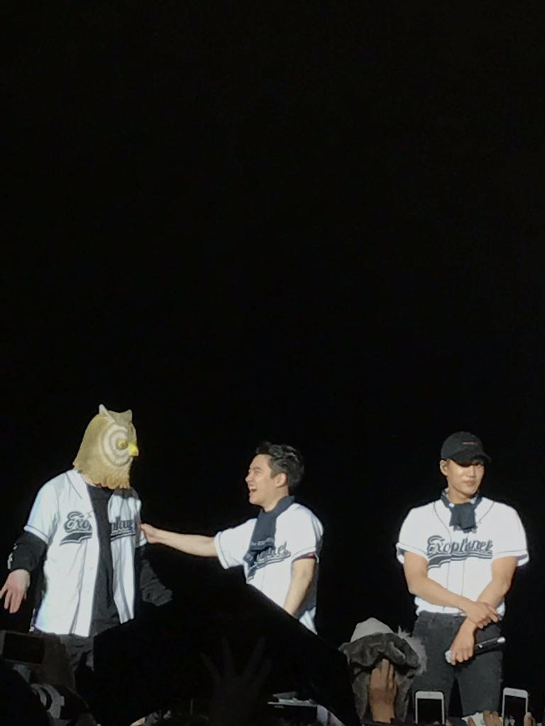 CHANYEOL WORE AN OWL MASK. KYUNGSOO IS SO HAPPY THAT HE EVEN CALLED JONGIN TO SHOW IT.