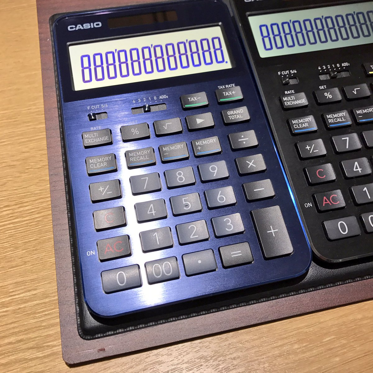 銀座 伊東屋 on twitter プレミアム電卓s100の新色 ブルーが入荷しま