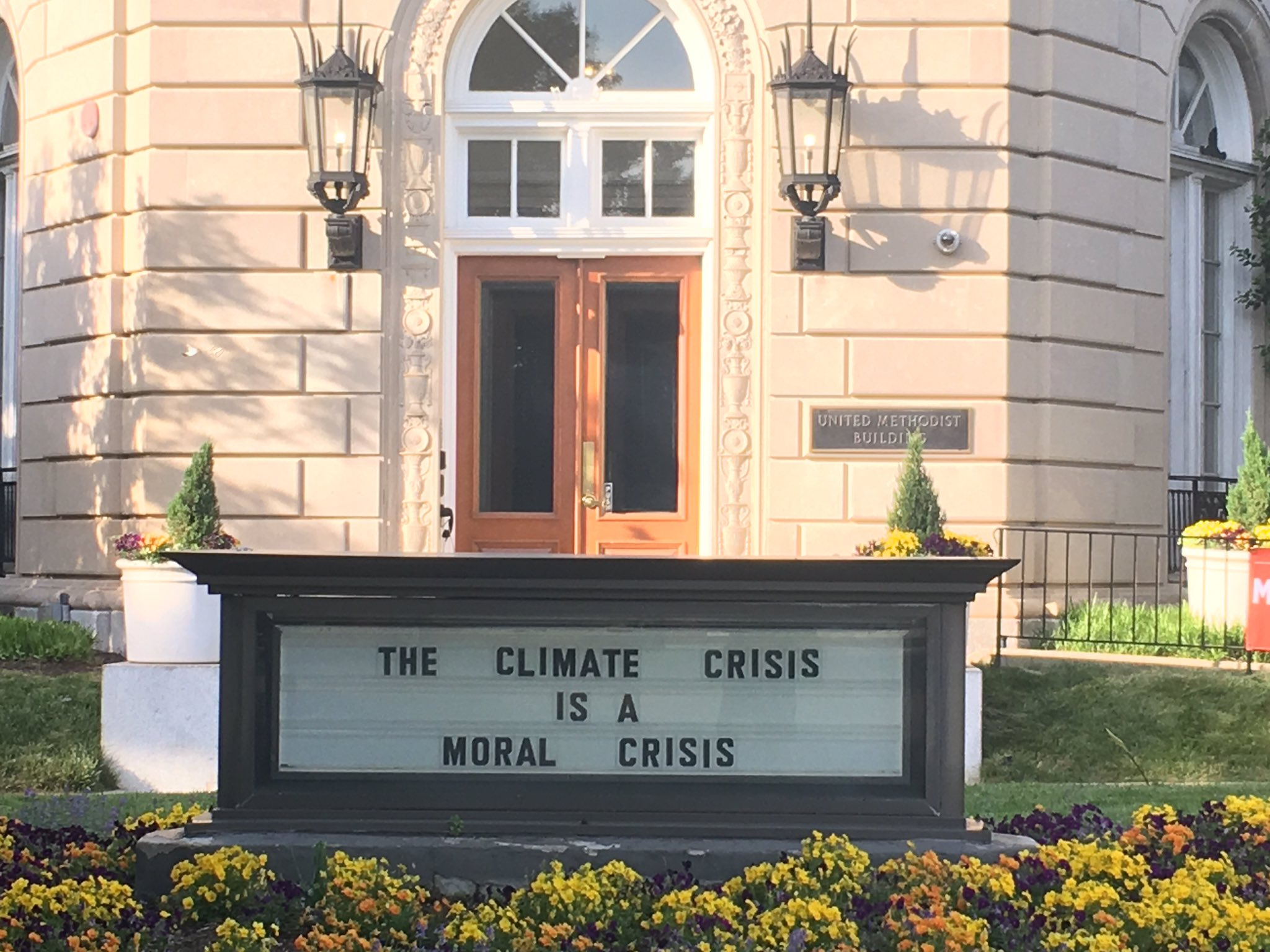 Today, United Methodists are marching in DC and across the world for action on climate change. #climatemarch https://t.co/YK2sZwgURe