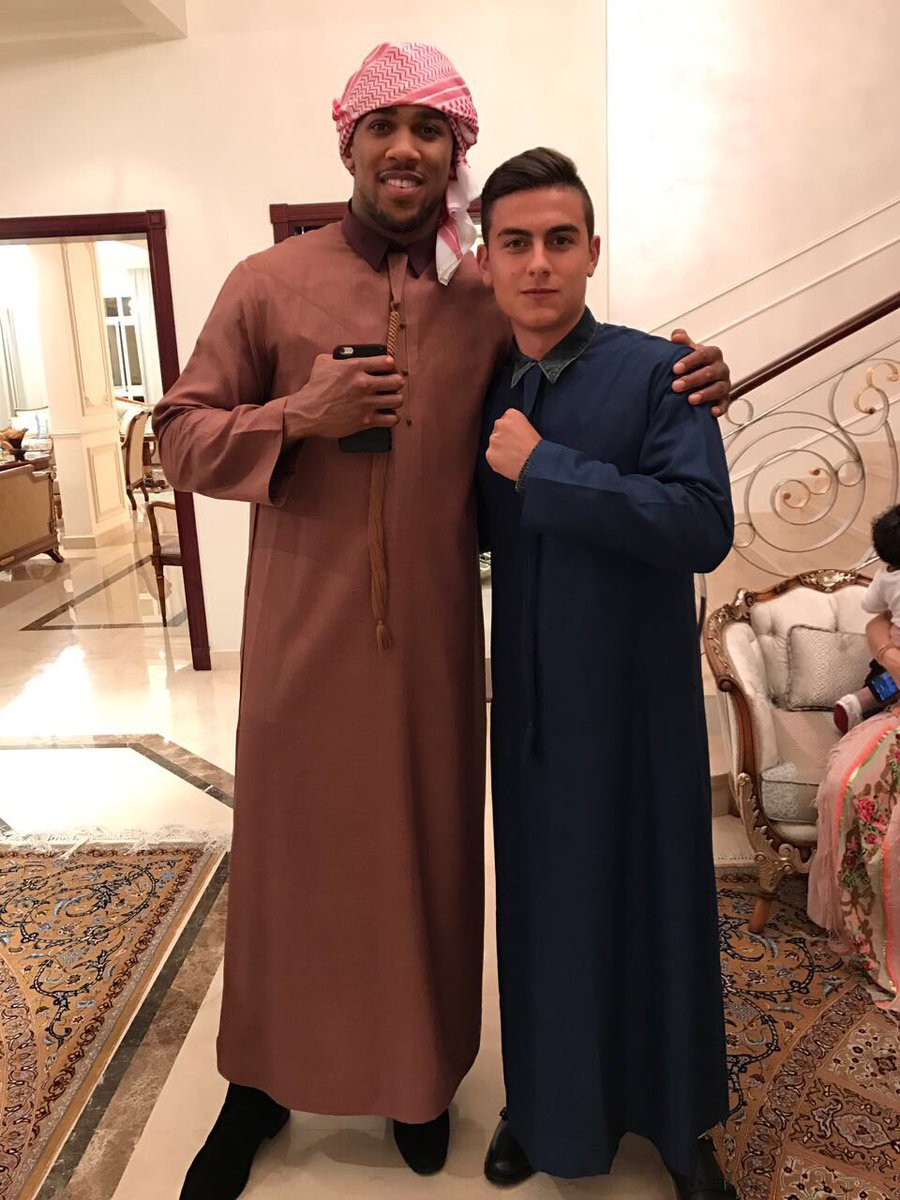 ¿Cuánto mide Anthony Joshua? - Real height C-l6RsCXkAAWZrM?format=jpg