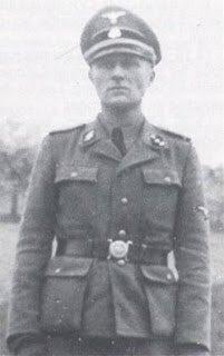 Pour les oublieux : Léon Gaultier, l'un des fondateurs du @FN_officiel dans son bel uniforme de libéral SS. #fondamentaux