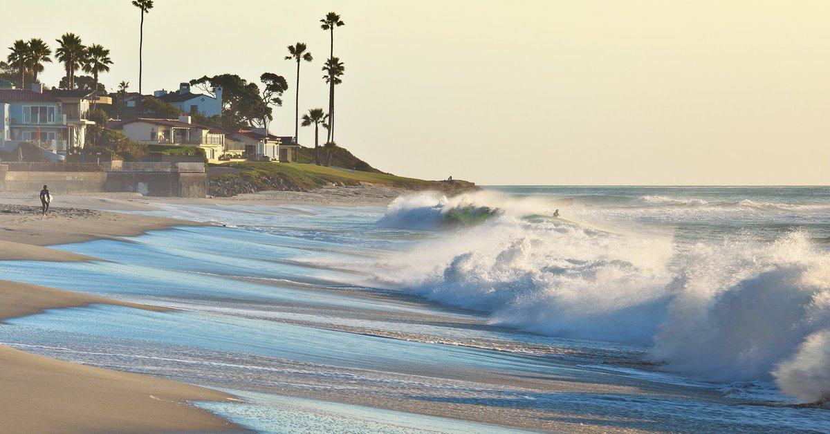 California sea level could rise 10 feet (3m) by end of this century  http://www. huffingtonpost.com/entry/californ ia-sea-level-rise_us_59027f0fe4b0bb2d086c5f31?utm_campaign=crowdfire&amp;utm_content=crowdfire&amp;utm_medium=social&amp;utm_source=twitter &nbsp; …  #climate #globalwarming #divest <br>http://pic.twitter.com/G0kbQ0Zktc
