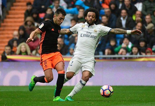 مارسيلو يسجل هدف رائع في شباك فالنسيا ويتقدم مرة أخري
