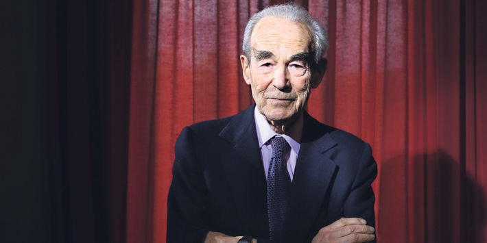 Robert Badinter : 'S'abstenir, c'est favoriser l'élection de Marine Le Pen' https://t.co/KjeP6uI7hL