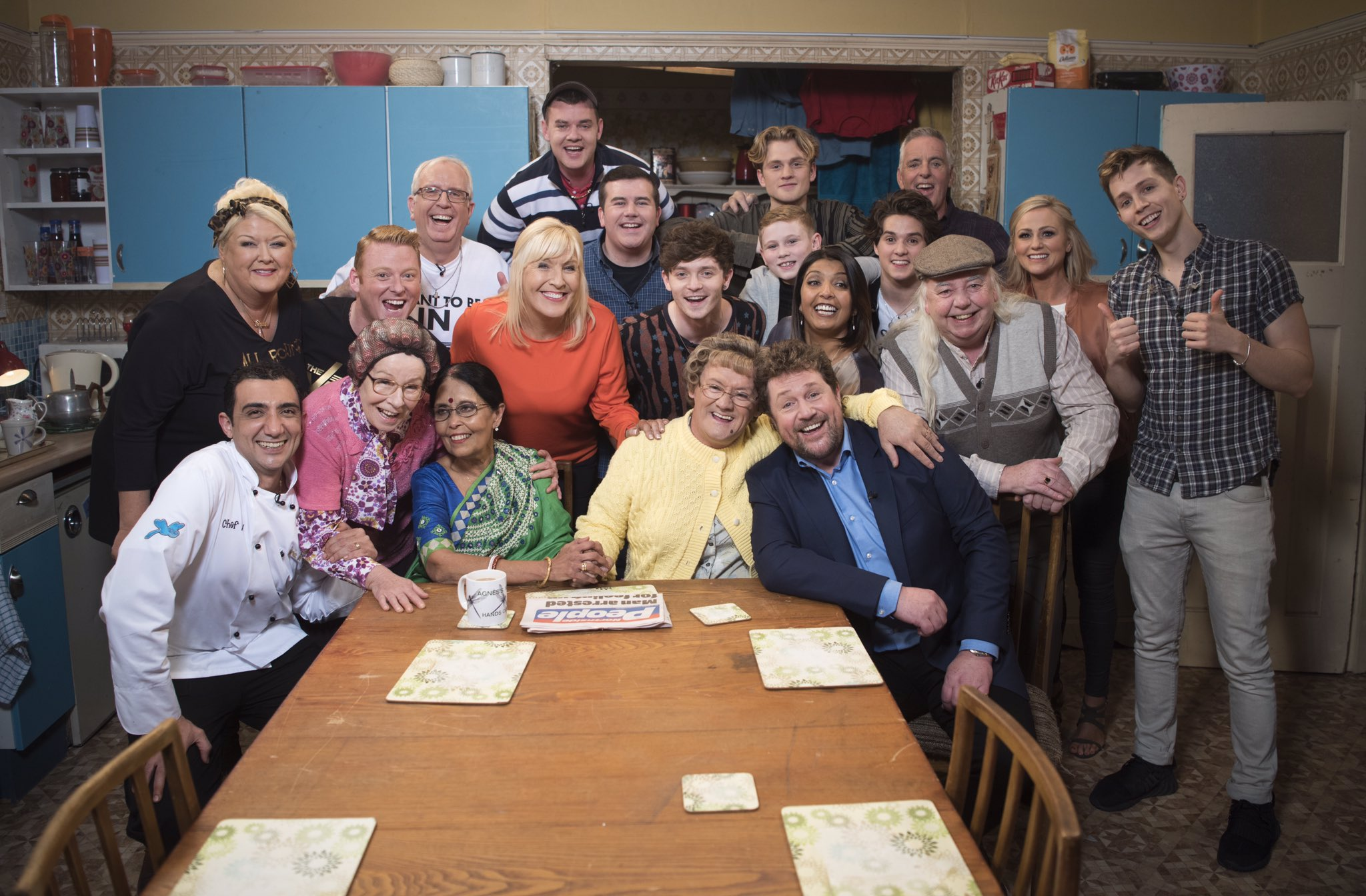 Mrs Brown S Boys On Twitter Quot All Round To Mrs Brown S