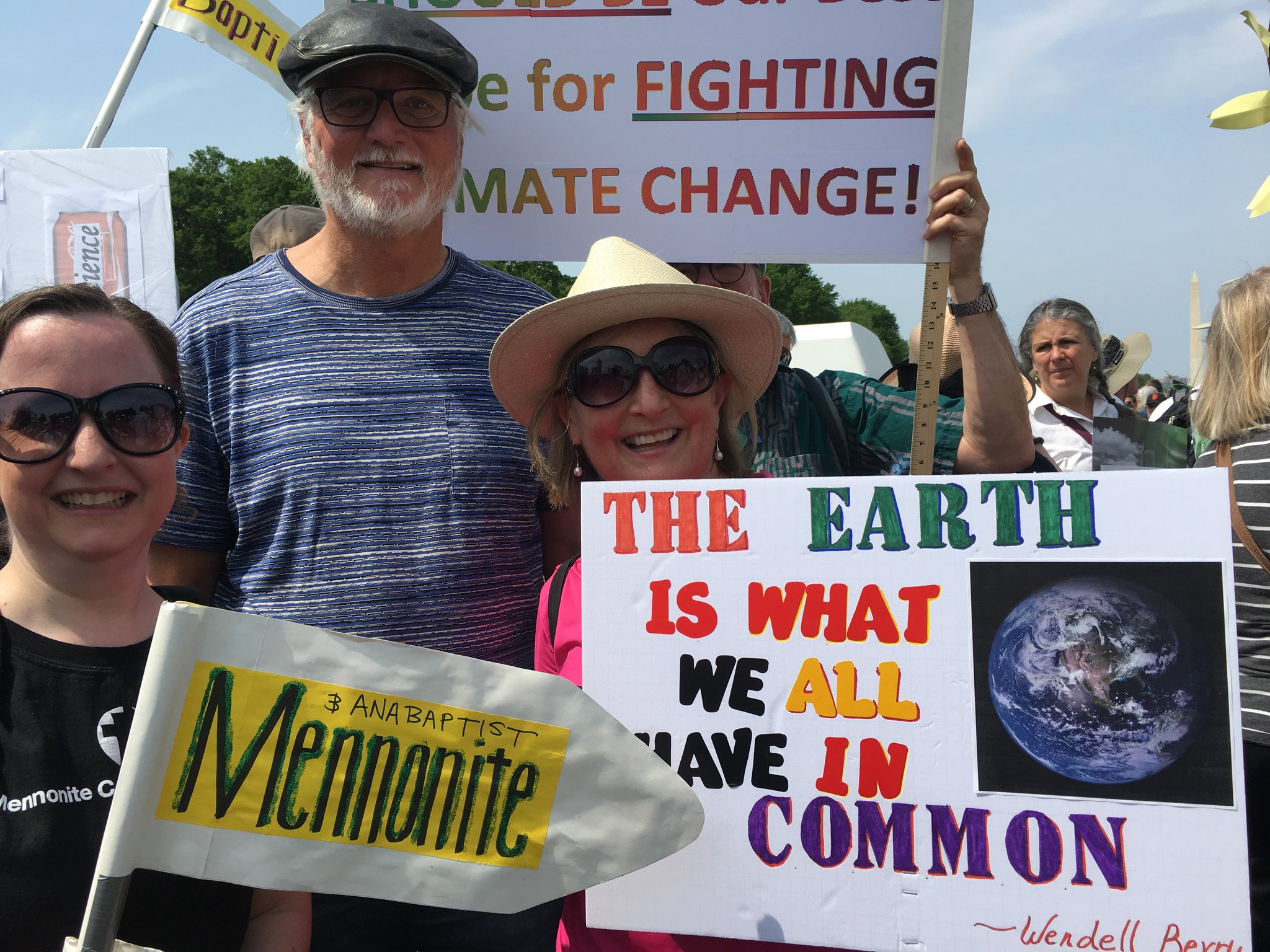 A few of the Mennonites at the People's Climate March in DC today. #KeepersofFaith #climatemarch https://t.co/kprdLHjs1q