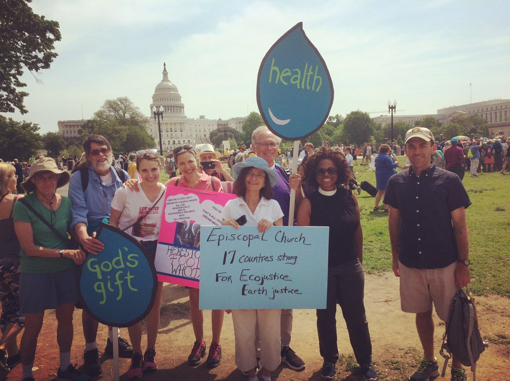Episcopal Church 17 countries strong for Ecojustice, Earth Justice #ClimateMarch @BishopMarc https://t.co/kuFGBNfStg