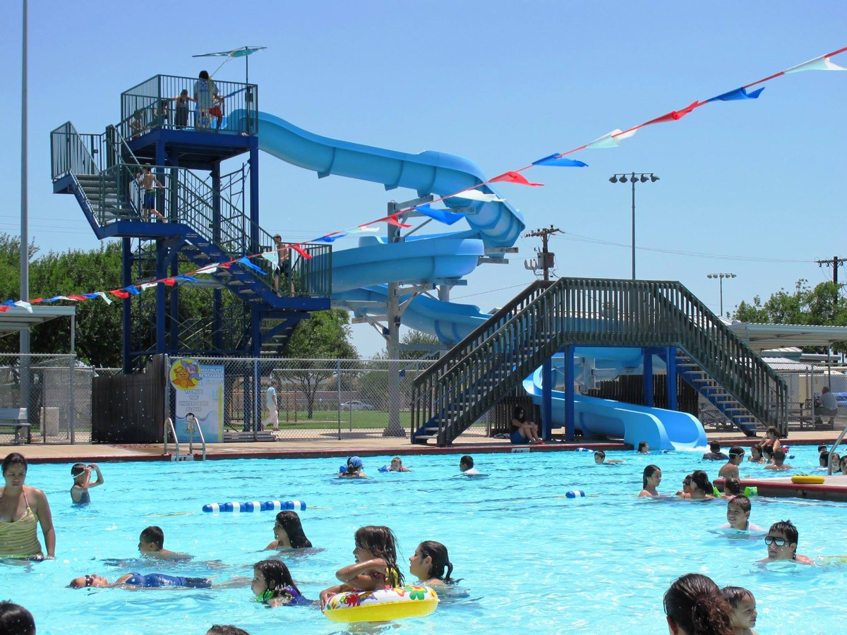 Explore Mcallen On Twitter Make A Splash Against The Heat Remember That Munil Pool Is Open Today Tomorrow From 1 15pm 6 00pm