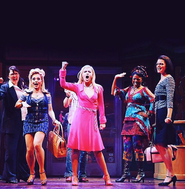 Ten Years ago today we opened Legally Blonde The Musical on Broadway.  This show.... https://t.co/BJyc0hb72M https://t.co/AgIGw8K8XY