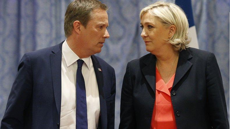 .@dupontaignan porte plainte suite aux insultes de @kassovitz1 @GillesLellouche et @Benjamin_Biolay https://t.co/WbCb1DRjm8