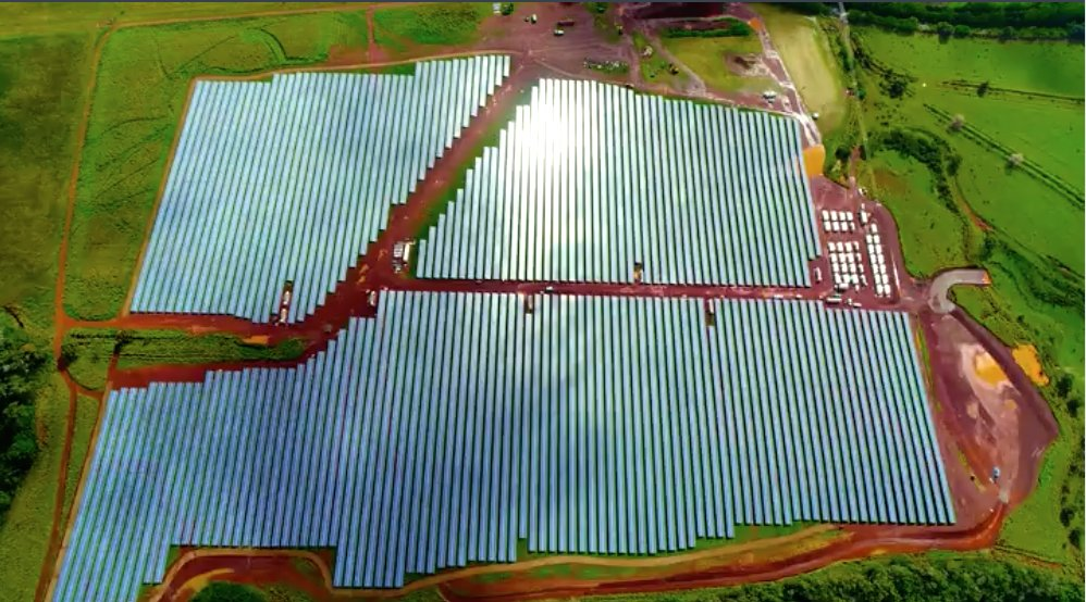 54,978 solar panels power this Hawaiian island - and nothing else  http:// wef.ch/2q7pUXT  &nbsp;    #energy <br>http://pic.twitter.com/pu5zranyyT