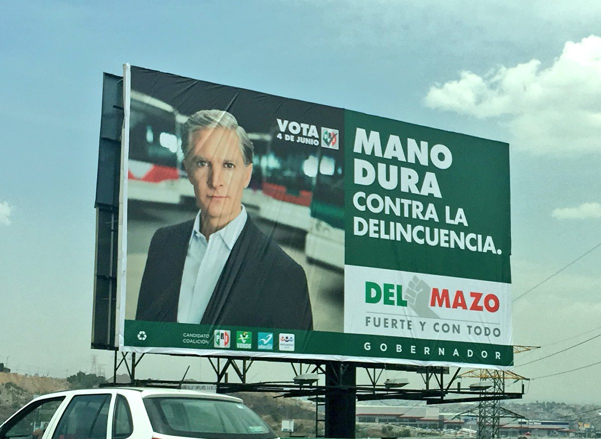 Cuando en el diccionario buscas hipócrita, sale su cara.  #Pelmazo  (@alfredodelmazo can't be tagged in photos) https://t.co/MtPtWMSO08