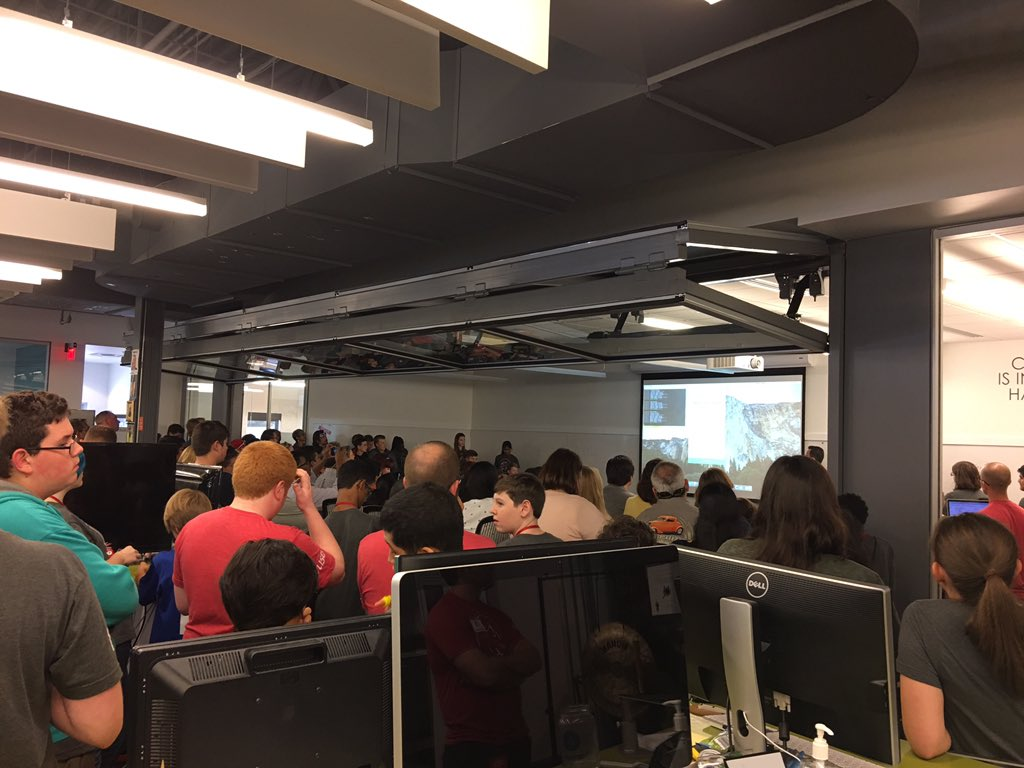 Great turnout of @DublinSchools students who spent their Saturday learning to code at @cardinalhealth Fuse. #theDublinDifference https://t.co/IcVVwzXxLQ