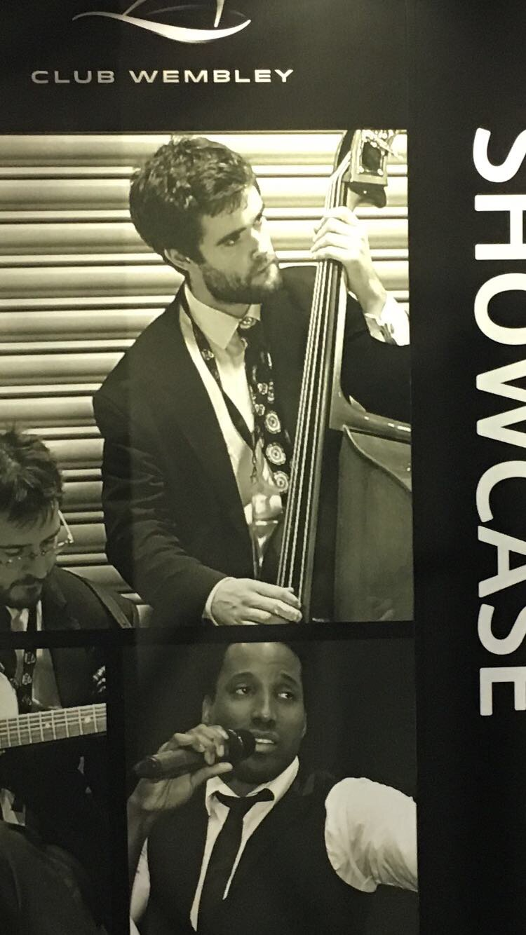 What the hell - this cello dude is my doppelgänger https://t.co/iQQDW0ouTn