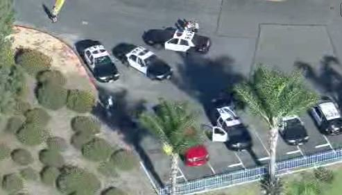 #UPDATE Green SUV used in shootings has been located unoccupied at #MayberryPark in Whittier. @CBSLA<br>http://pic.twitter.com/DByuNxsqf2
