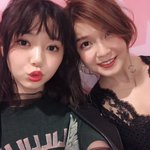 モデルの江野沢愛美 まなみん♥️10歳差の事務所の後輩🎀いつも楽屋に会いに来てくれるよ。ありがとう。…