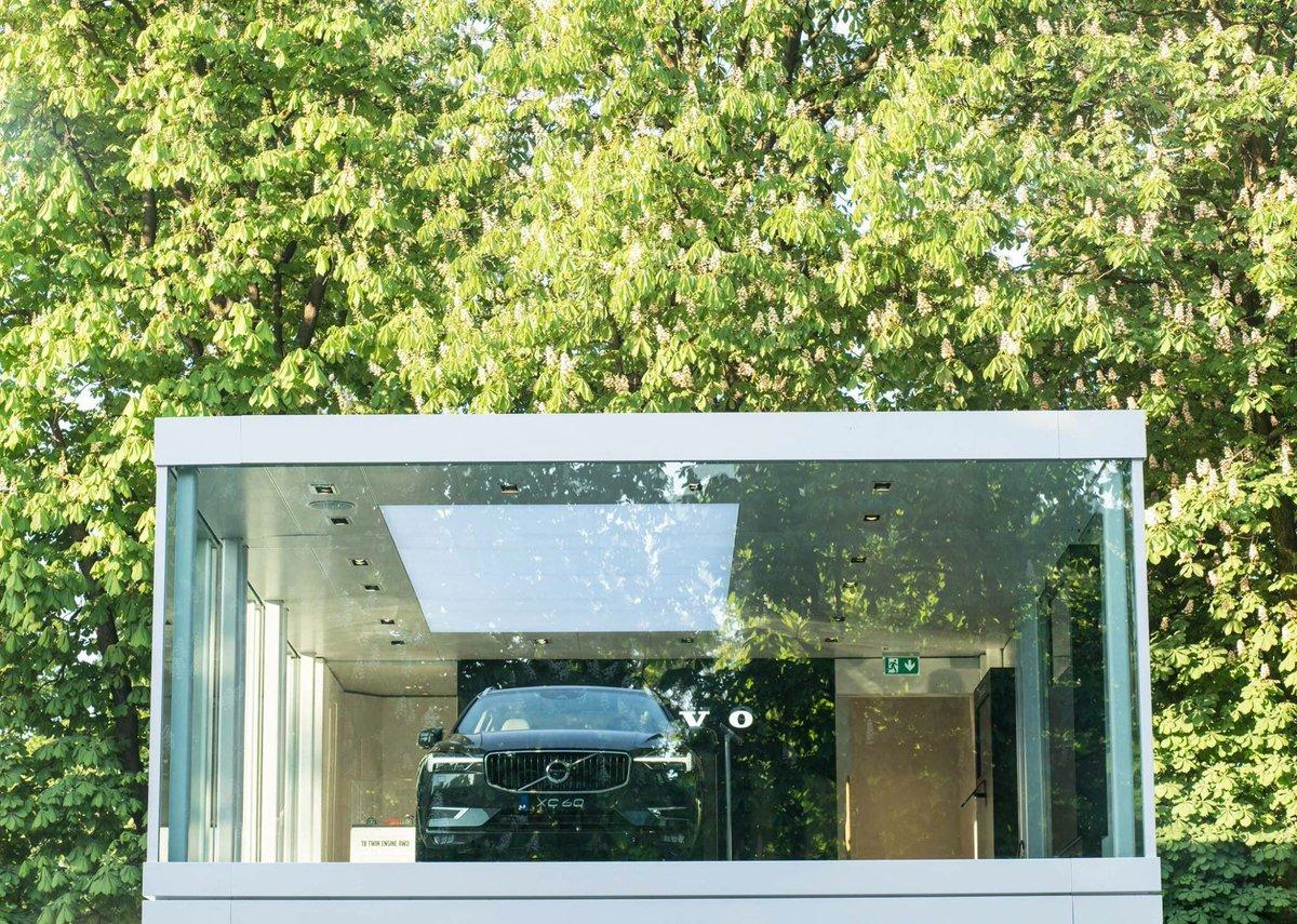 Dernier week-end pour découvrir le #NouveauXC60 à Paris au Jardin des Tuileries. Entrée libre.  http://www. volvoca.rs/01MkSm    pic.twitter.com/t8m57KNaQR