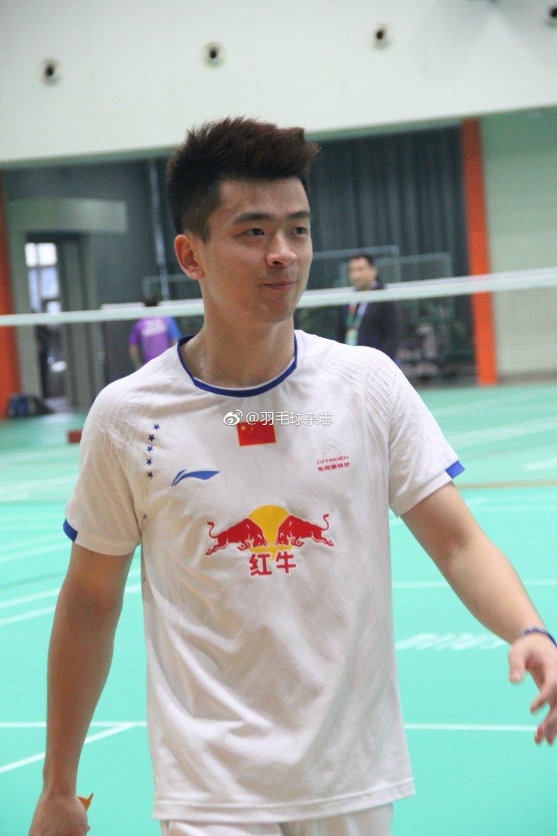 Zheng Siwei éƒ'æ€ç ´ Team ZhengSiwei