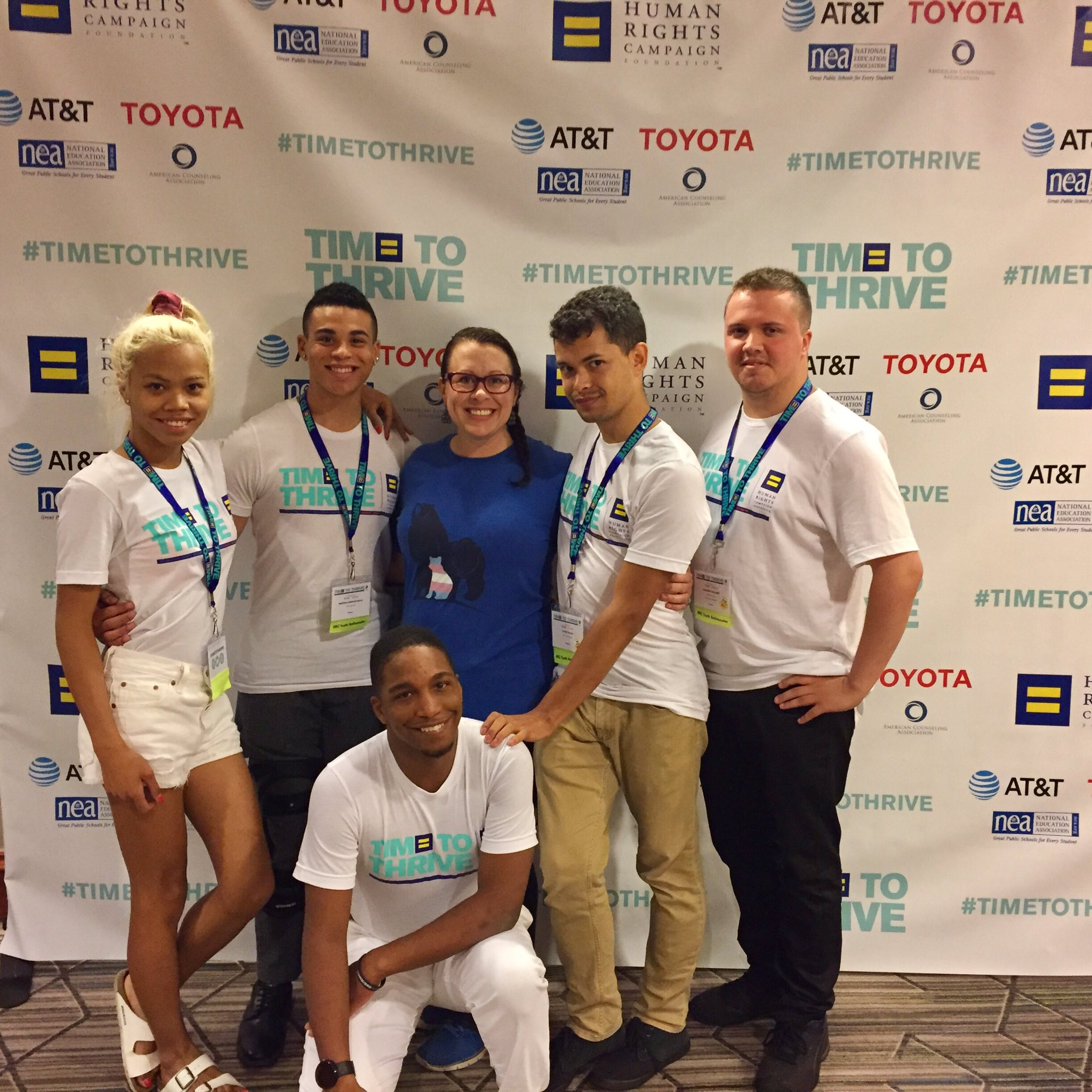 """Having the ultimate #MamaBear  moment with my new """"kids""""- the @HRC Youth Ambassadors! Love these amazing young leaders!! #TimeToThrive https://t.co/n11hbtg9ki"""