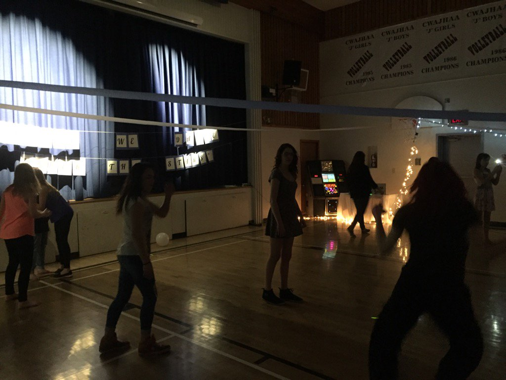 #donsch dance - the best organized dance that I have seen. Great jobs girls! https://t.co/8kYxkZQQCE