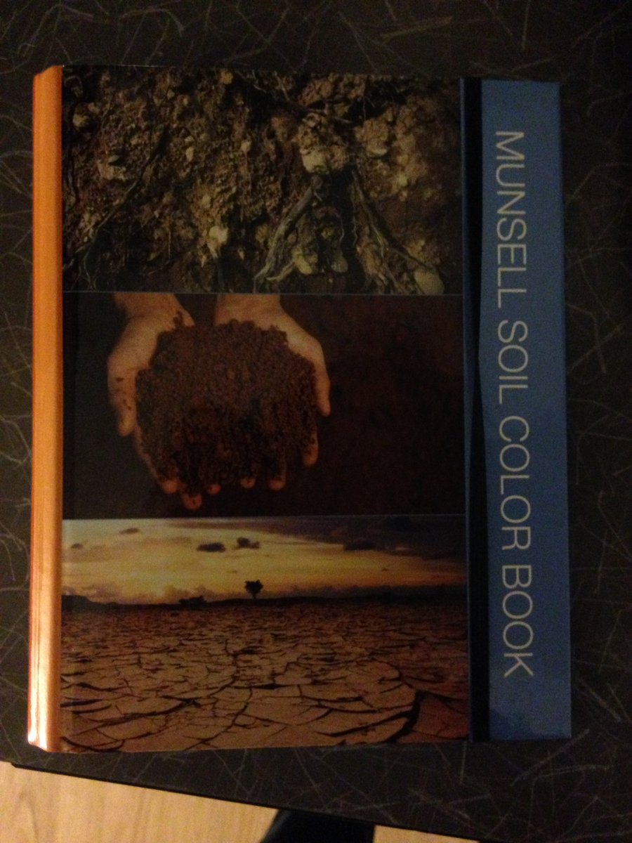 colin averill on twitter sometimes you find the munsell soil color book on a friends book shelf 100 friend points httpstcozf3ghmhlp7 - Munsell Soil Color Book