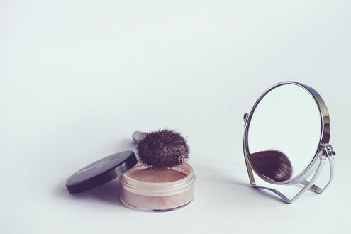 Will 2017 see digital-only become a viable retail channel for cosmetics?